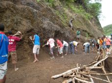 TSHHS Students Help - Goilala Highway (9)