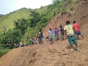 Goilala Highway in Shatters