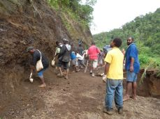 TSHHS Students Help - Goilala Highway (10)