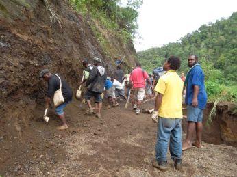 TSHHS Students Help - Goilala Highway (10)