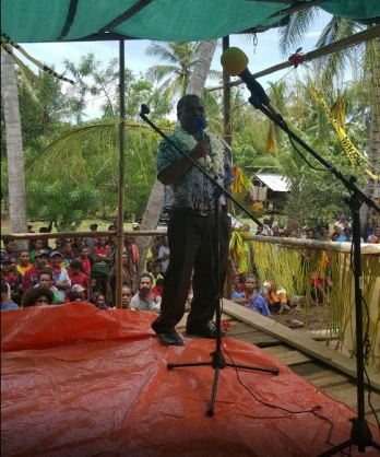 Goilala MP on Stage